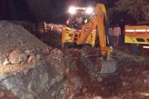 18-month-old child falls into open bore well in Telangana; NDRF teams...