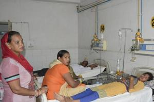 Delhi hospitals asked to up bed capacity to tackle dengue outbreak