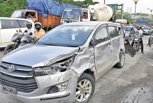 Mumbai: Two women, man assault cops after accident in Bhiwandi