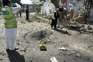 Car bomb in southwest Pakistan kills at least 11, wounds 20