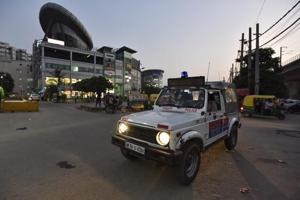Gurgaon 10 arrested from MG Road for causing affray