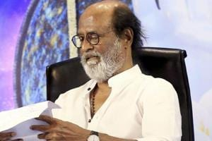 We are in discussion, will inform everyone when I decide: Rajinikanth...