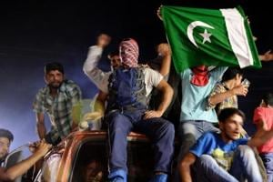 MP: Police book Kashmiri student for cheering Pakistan on Facebook...