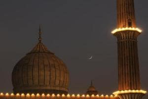 Moon sighted, Eid-ul-Fitr to be celebrated across India on Monday