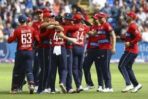 Dawid Malan leads England to T20 series win over South Africa