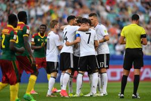 FIFA Confederations Cup: Germany and Chile into semi-finals