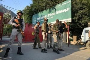 Militants holed up at DPS Srinagar after attack on CRPF, encounter...