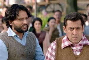 Salman Khan and Mohhamad Zeeshan Ayyub in a still from Tubelight.