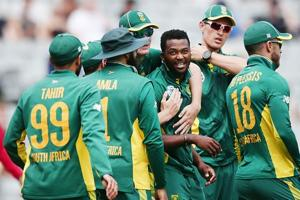 South Africa name Heino Kuhn, Andile Phehlukwayo in Test squad against...