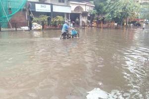 Navi Mumbai sees heavy rain, Nerul, Panvel, Turbhe flooded