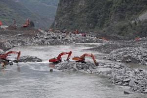 Another landslide hits southwest China at disaster site, no injuries...
