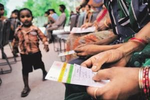 SC tells govt those without Aadhaar won't be deprived of social...