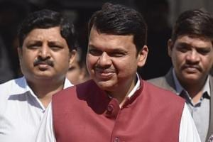 Farm loan waiver: Maharashtra to seek Centre's help to raise ₹34,022...