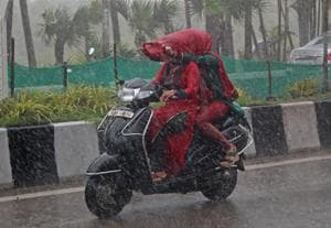 Be prepared to face very heavy rain in Mumbai all week, says...