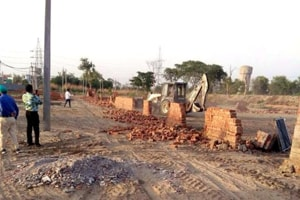 Wakf board executive officer (EO) Mohammad Ashraf said he had been writing to the district administration and the police about the encroachment in the past as well, but to no avail.