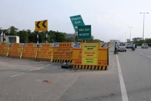 With a number of infrastructure projects under construction in Gurgaon, route diversions have become the norm.