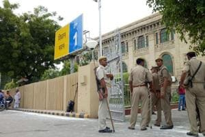 Police team at the Vidhan Bhavan in Lucknow, Uttar Pradesh, after explosives were recovered on the premises.