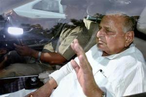Samajwadi Party leader Mulayam Singh Yadav arrives for all party meeting at home minister Rajnath Singh