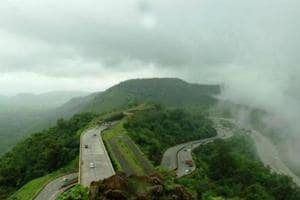 The Khandala ghat section is considered a tough gradient ghat.