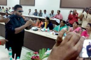Upset for not being heard, Rajasthan councillor plays reed pipe to get...
