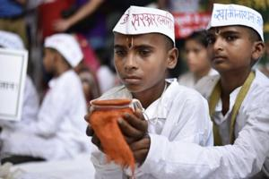 Children of farmers who committed suicide join protest at Jantar...