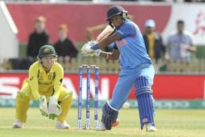 Harmanpreet Kaur's 171* takes IND to 281/4 vs AUS in women's cricket...