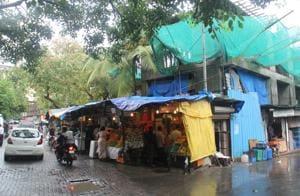 Mumbai: 7 years on, Pali market revamp is stuck