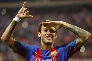 Paris Saint Germain need a player like Neymar, says coach Unai Emery