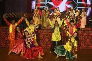 Stand-up comedy, mujra, fashion shows: Pre-wedding functions get a...