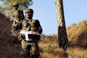 Soldier killed, another injured in Pakistan firing on LoC