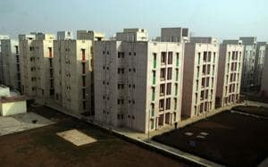 DDA had launched the scheme on June 30 with 12,069 flats under which 87 are high-income group (HIG) flats, 404 are two-room middle income group (MIG) flats.