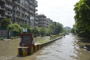 Ghaziabad: Sewage backflow, waterlogging in Indirapuram highrises