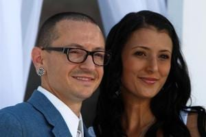 Hours after Chester Bennington's death, widow's Twitter claims she...