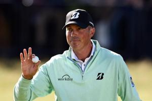 Matt Kuchar claims share of British Open lead