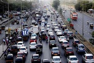 Mumbaiites, plan your weekend commute: Traffic snarls on Sion-Panvel...