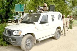 An HT team that visited the region spotted hightened movement of police vehicles patrolling on roads leading to the border. At some places, newly acquired bullet-proof Scorpios and tractors are also stationed.