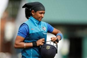Avoid bowling spin to Harmanpreet Kaur, Nasser Hussain advises England