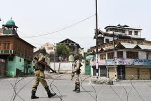 Armymen allegedly beat up cops in Kashmir after being stopped at...