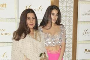 Sara Ali Khan steals the show in a stunning dress at a fashion show in...