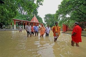 Heavy rains cause flood-like situation in parts of West Bengal; 2 dead