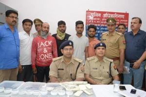 Ghaziabad: Four arrested for robbing women passengers on moving train