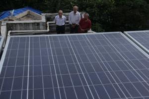 3 war heroes install 40 solar panels atop Mumbai society, help save...