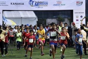 3,2050 participants brave the rains, run for a fitter Mumbai