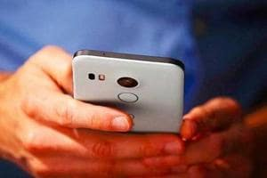 China's 'Comio' to invest Rs 500 cr in India; eyes 5% smartphone...