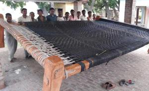 Uttar Pradesh: 24x20ft cot, becomes a symbol of communal harmony