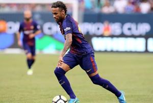 Neymar staying at F.C. Barcelona, says Gerard Pique