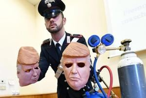 Italian bank robbers don Donald Trump masks for heists