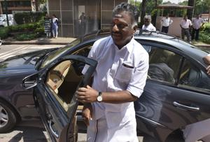 Rival AIADMK factions approach Centre over exempting Tamil Nadu from...