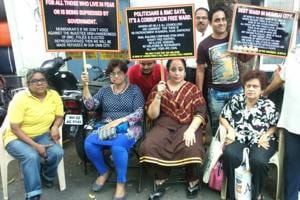 192 complaints not resolved in 18 months: Mumbai residents protest...