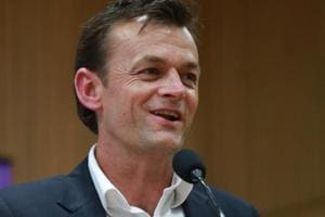 Adam Gilchrist reveals the toughest bowler he kept to in international...